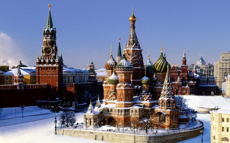 Vos fonds d'écran - Page 4 Kremli10
