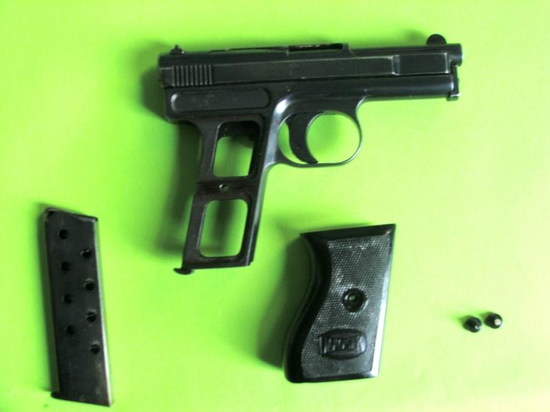 Identification: Mauser Mod. 1910, 1910/14 ou 1934? Dscf7613