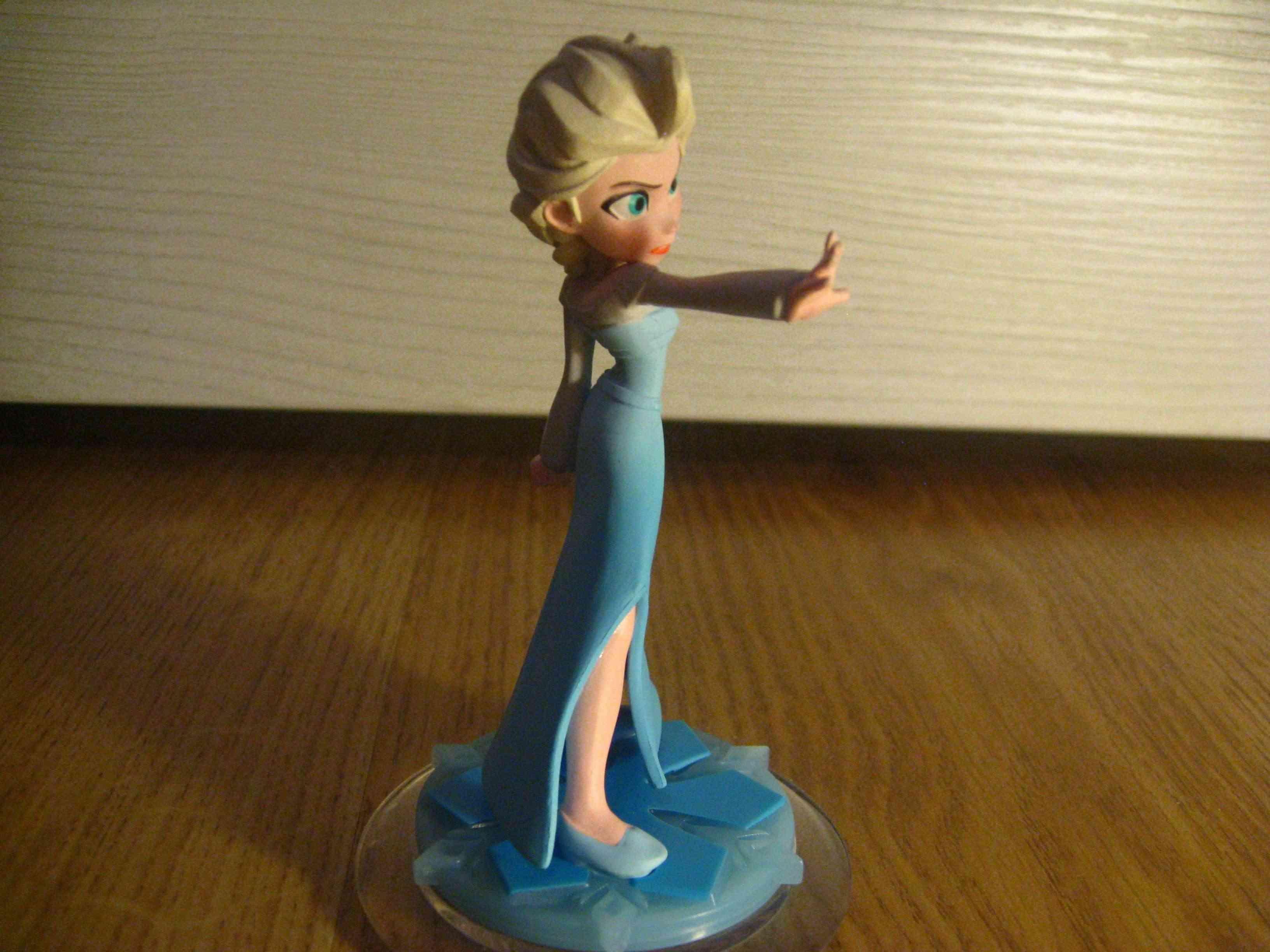 La Reine des Neiges - Page 37 Elsa_f13
