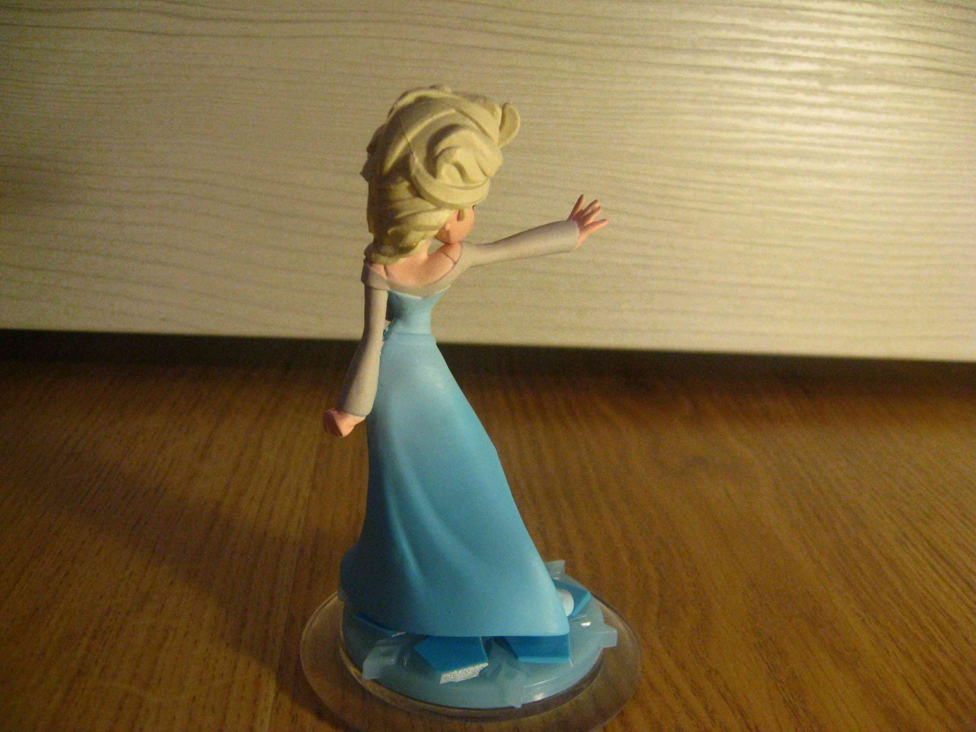 La Reine des Neiges - Page 37 Elsa_f16