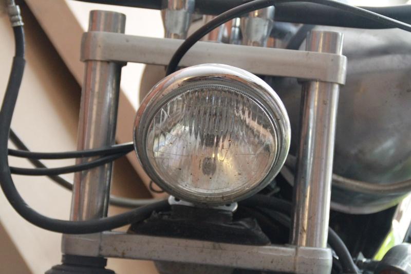 Bobber 800 VN Classic  Phare10