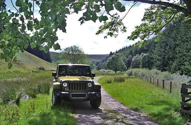 DIY Camper Jeep? Imgp2211