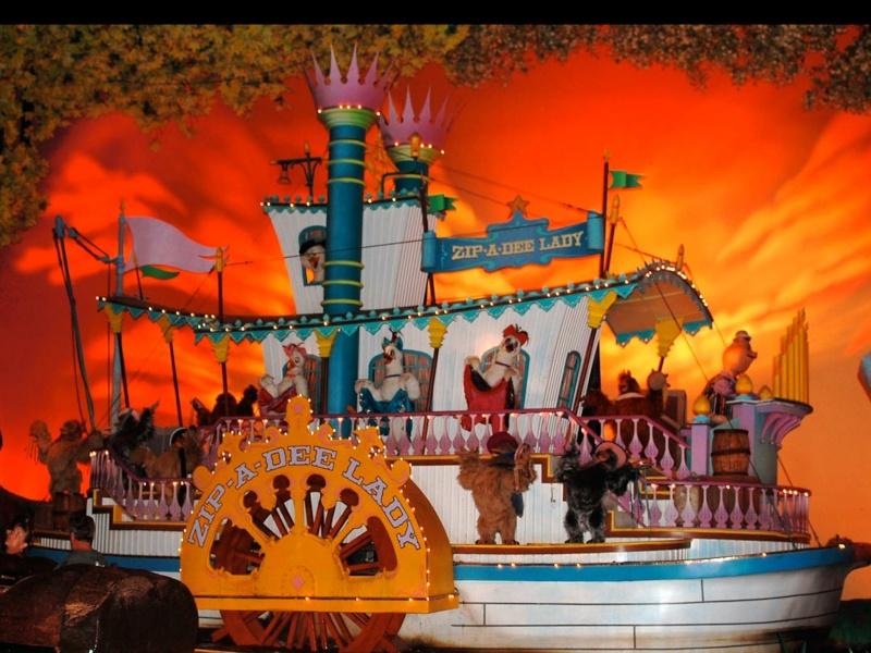 Les pires tragédies des Disneyland américains  Image23