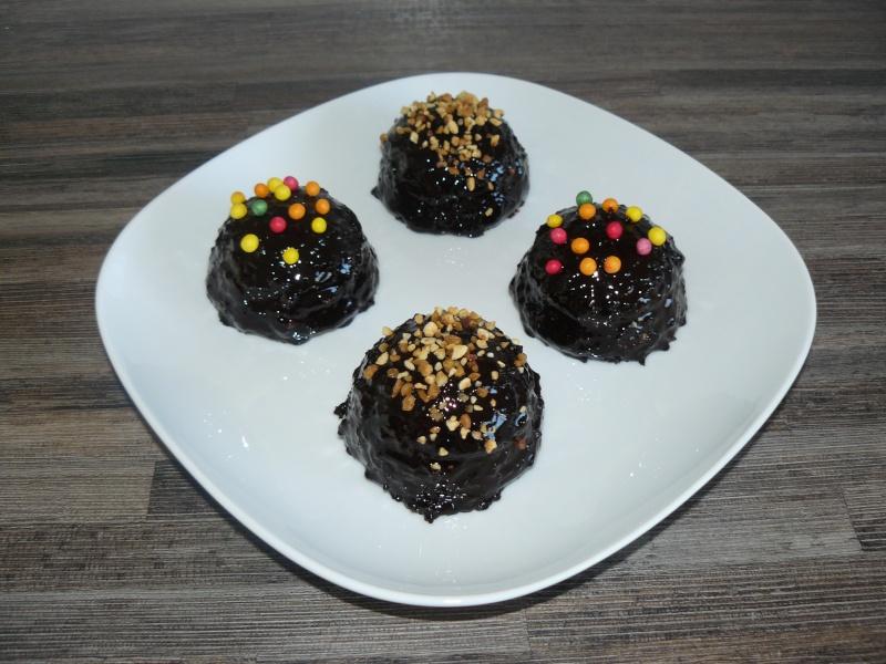 Comment faire un glacage au chocolat lisse et brillant ? P1130512