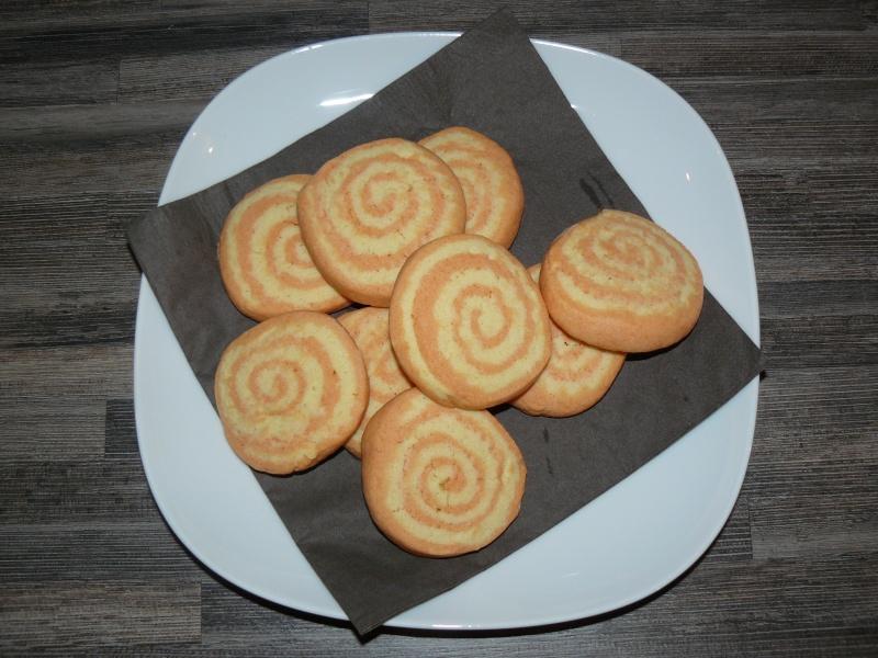 Tourbillons de passion - biscuit pour le café ou le goûter P1130810