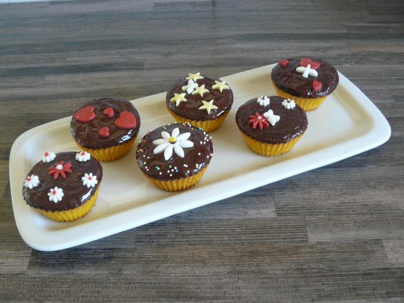 Cupcakes : recettes et décors simples - Page 19 P1140012
