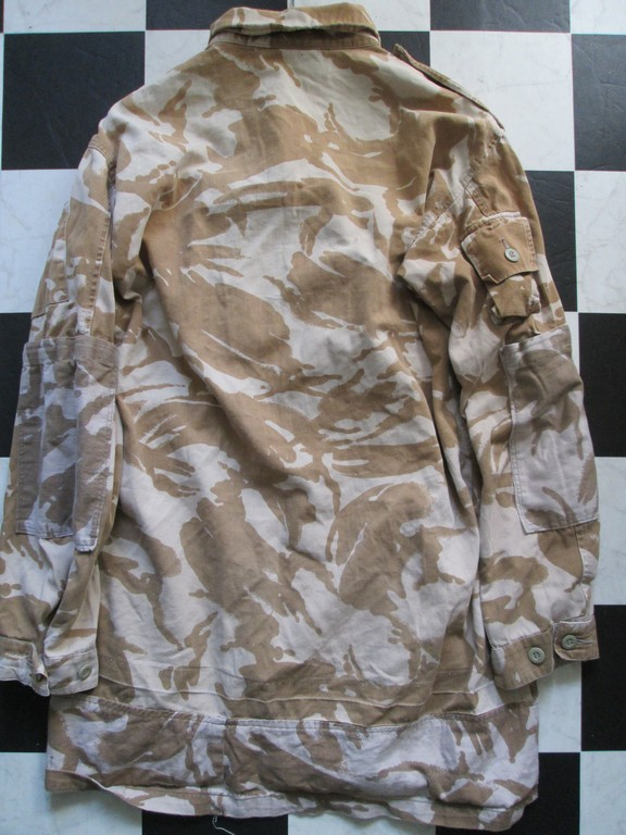 British Jacket lightweight-Gulf War. - Page 4 Modifi12