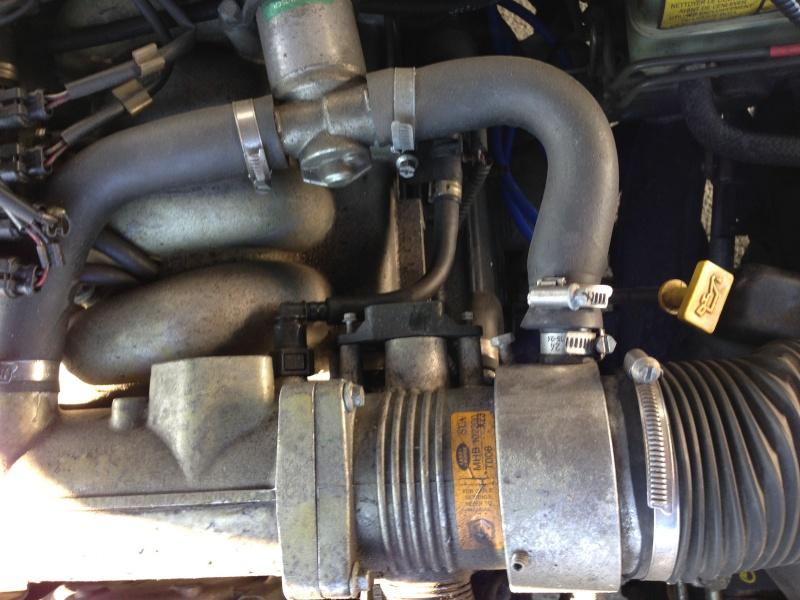 P38 essence qui se coupe en roulant Img_3512