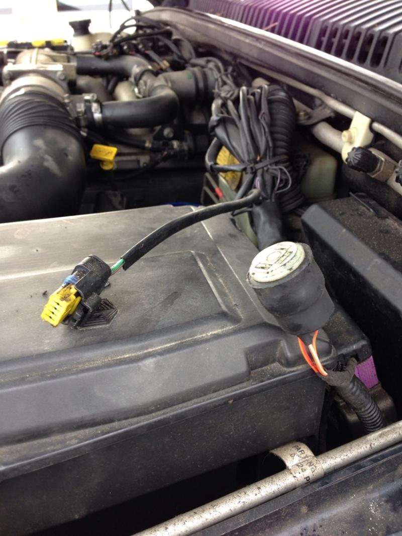 P38 essence qui se coupe en roulant - Page 2 Photo_10