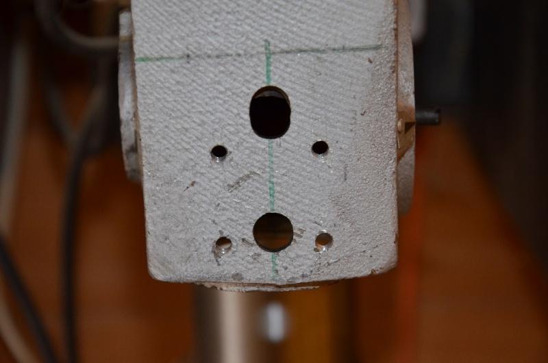 Supprimer le jeu de fourreau sur une perceuse à colonne  Dsc_0513