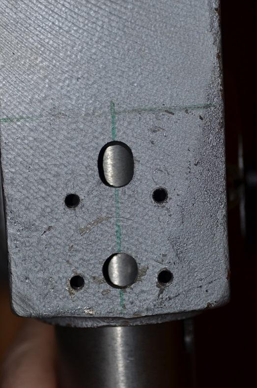 Supprimer le jeu de fourreau sur une perceuse à colonne  Dsc_0517