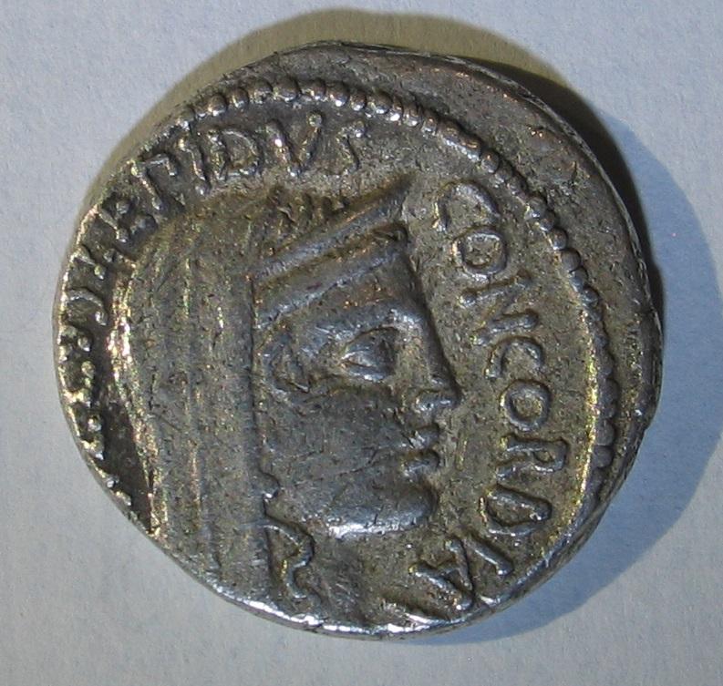 denier de Lucius Aemilius Lepidus Paullus 115