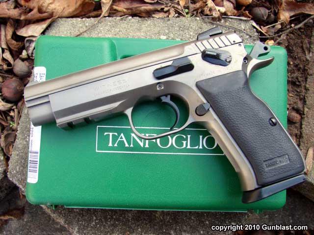 Pistolet CZ LUVO ST9 en 9mm Dsc00010