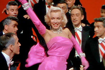 A Vida Oculta de Marilyn Monroe, Uma Escrava Monarca de Hollywood - Controle Mental Monarca Gentle10