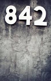 Une suite de nombres en photos ... - Page 3 84210