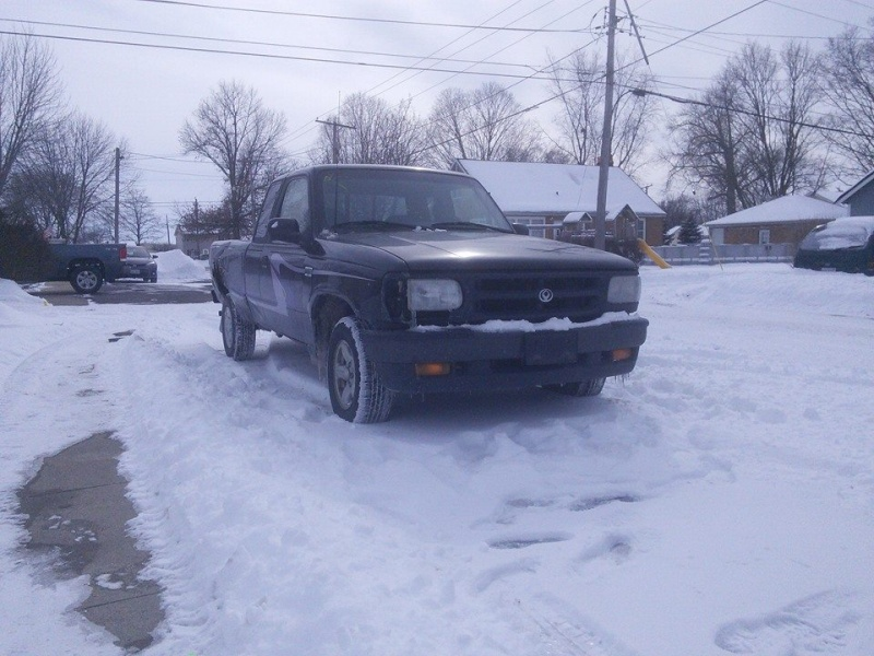 1998 Mazda B2500 5spd 2wd Project 10003510
