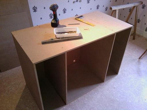 """""""  A vendre   """" Construction d'un terrarium + son meuble en MDF pour pogona henrylawsoni """" projet achevé  ! """" 610"""