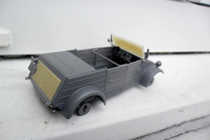 """Kübelwagen Type 82 Hasegawa 1/35¨""""Grossdeutchland"""" - Page 2 01040010"""