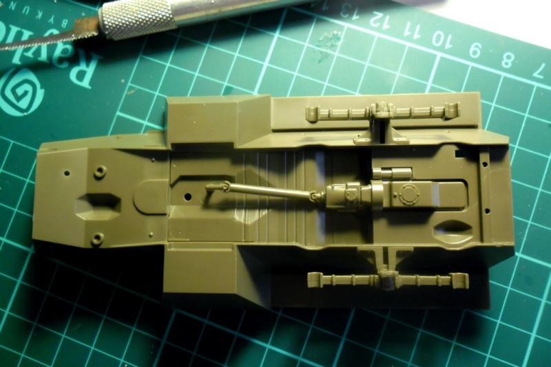 M8 Greyhound Tamiya 1/35 + kit verlinden (fini 98%) 03050010