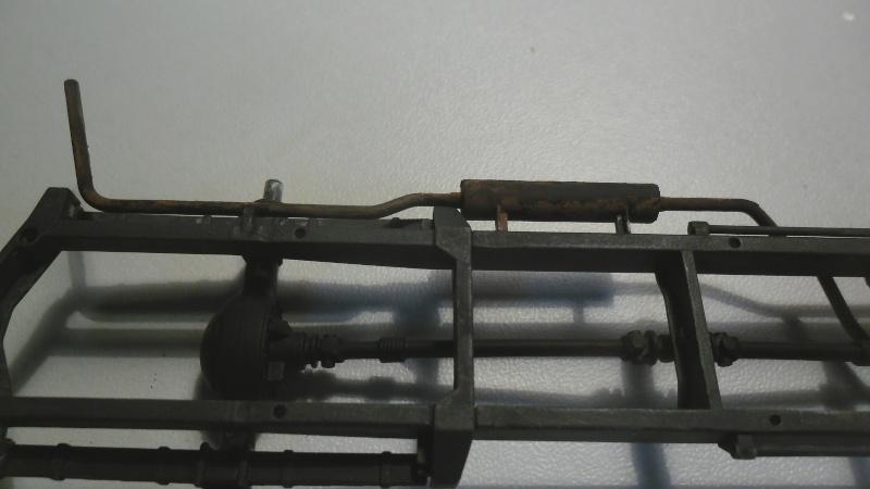 Steyr Typ 1500A/01 Tamiya 1/35 + Photodecoupe Eduard - Page 3 Echape10