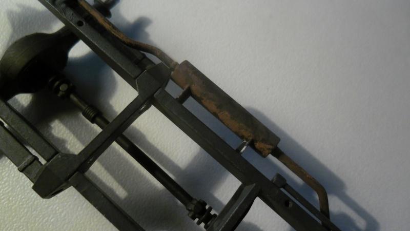 Steyr Typ 1500A/01 Tamiya 1/35 + Photodecoupe Eduard - Page 3 Echape12