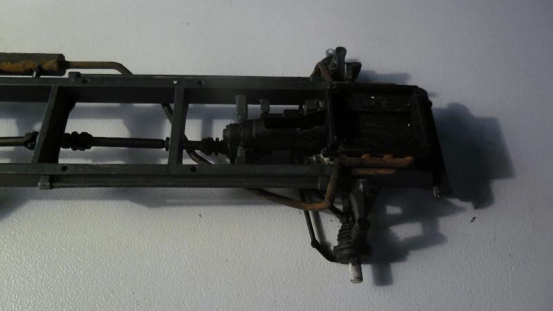 Steyr Typ 1500A/01 Tamiya 1/35 + Photodecoupe Eduard - Page 3 Echape13