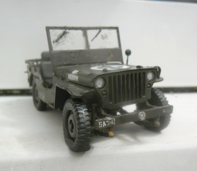 Willys Jeep Italeri épave 1/35 (Finie) - Page 3 Patine18