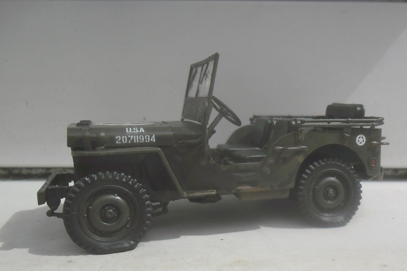 Willys Jeep Italeri épave 1/35 (Finie) - Page 2 Patine19