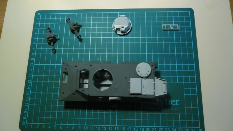M706 Command Armored Car [Hobby Boss 1/35] - Page 2 Sam_1547
