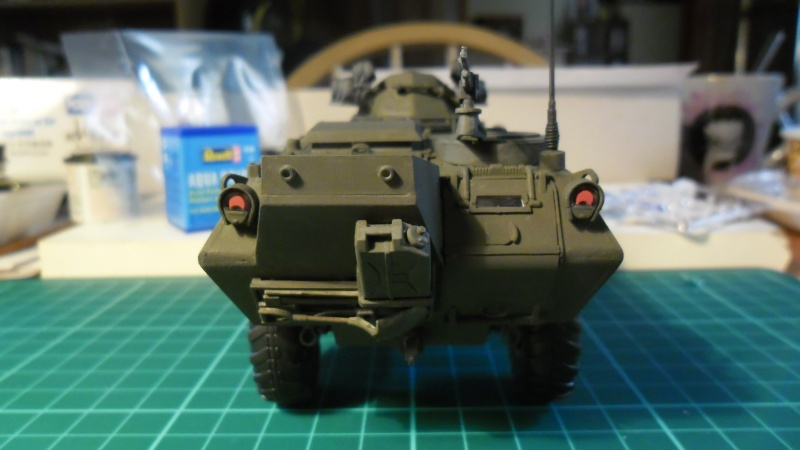 M706 Command Armored Car [Hobby Boss 1/35] - Page 3 Sam_1585