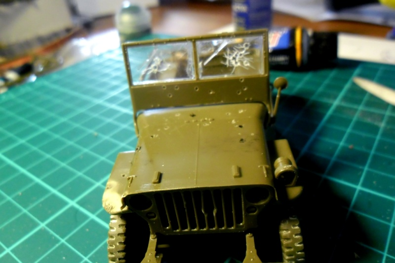 Willys Jeep Italeri épave 1/35 (Finie) - Page 2 Sam_1923