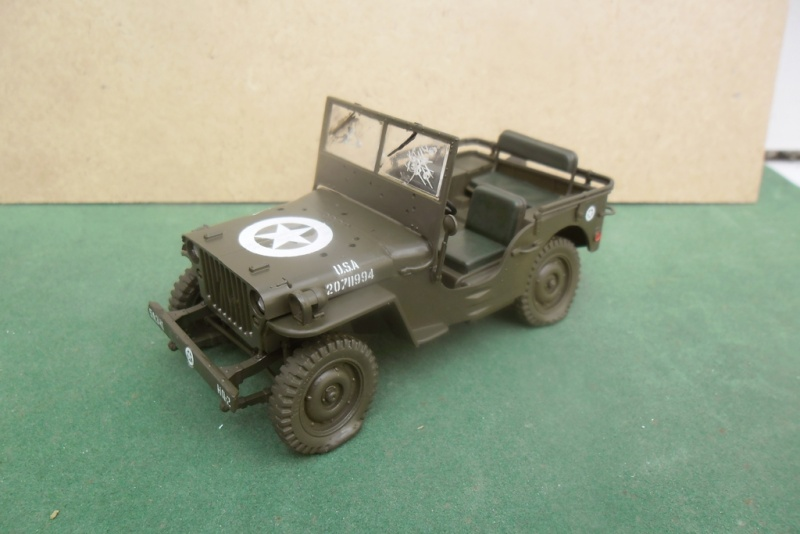 Willys Jeep Italeri épave 1/35 (Finie) - Page 2 Sam_1926