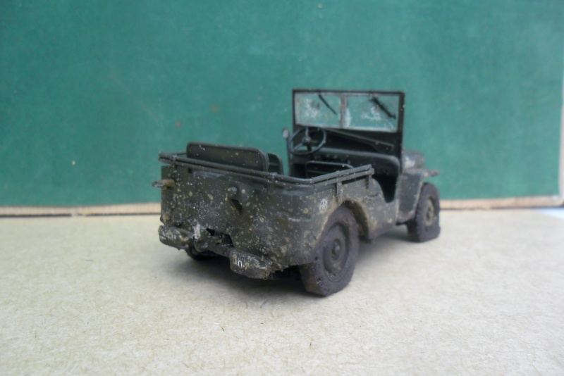 Willys Jeep Italeri épave 1/35 (Finie) - Page 3 Sam_1937