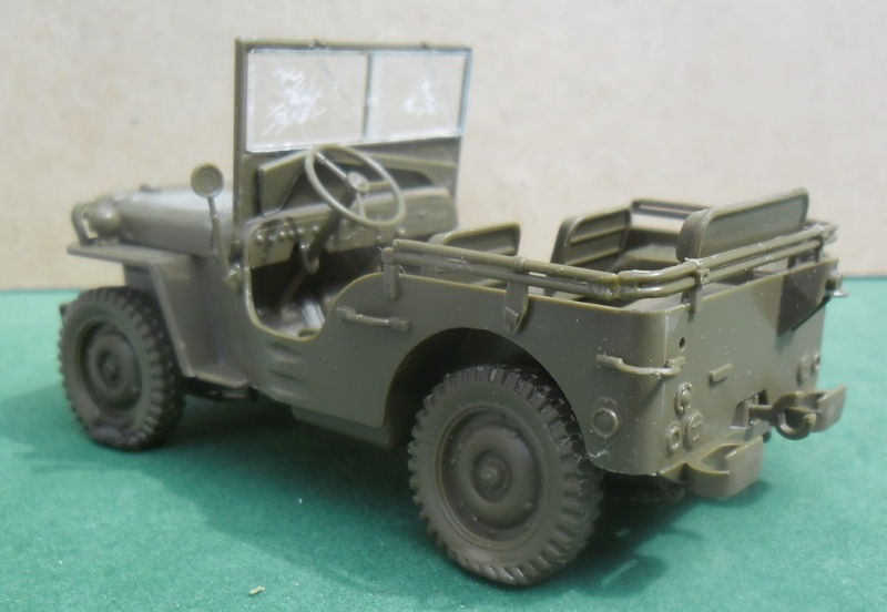 Willys Jeep Italeri épave 1/35 (Finie) - Page 2 Sans_t47