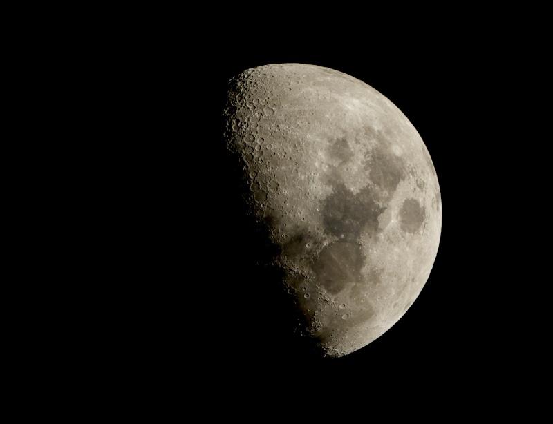 Essai de photo - Page 3 Lune_912