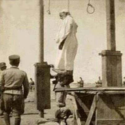 عمر المختار في جهاده ضد الطليان 15145610