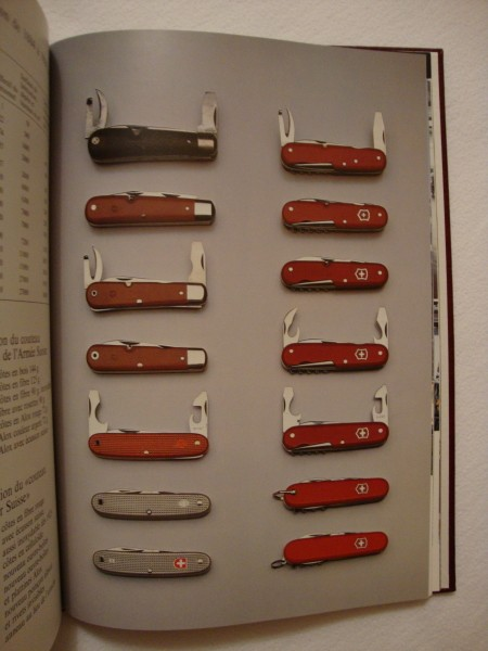 """Livre """"Le Couteau"""" de VICTORINOX Dsc01522"""