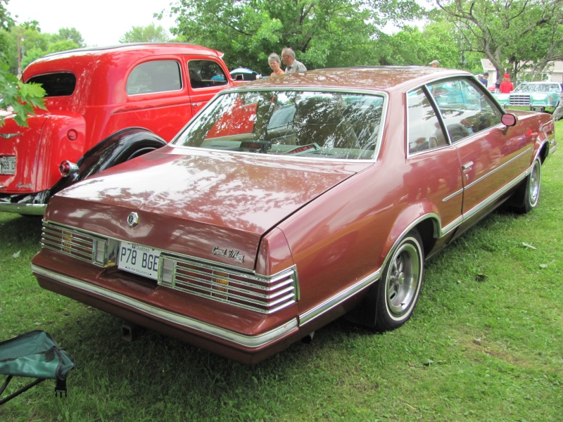 1978 Pontiac Grand LeMans  23610