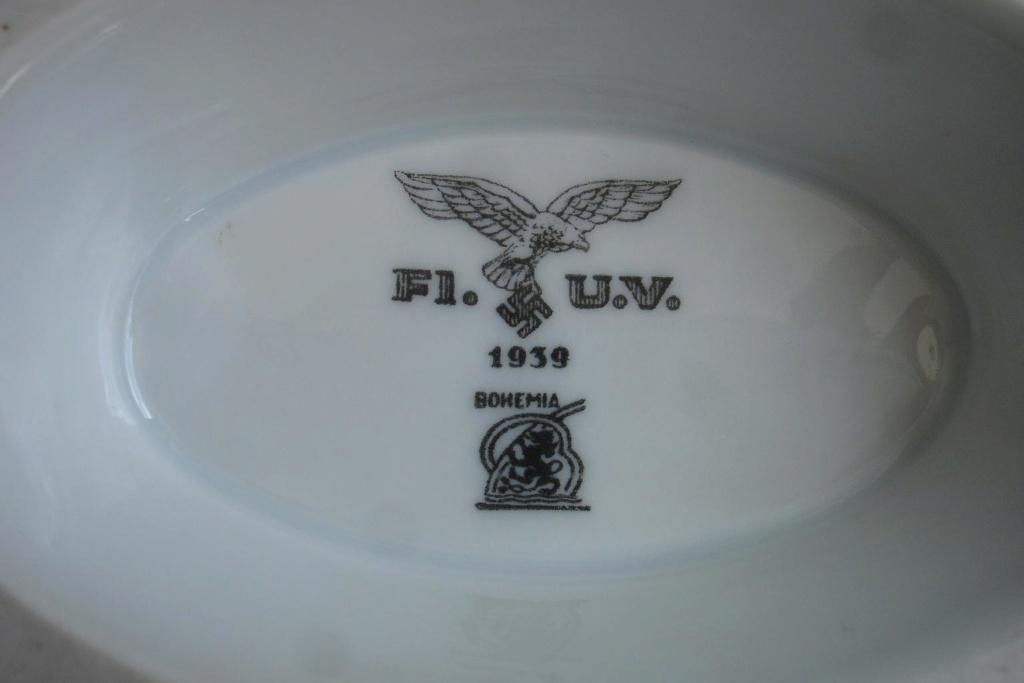Luftwaffe - Saucière datée de 1939 Dsc04828