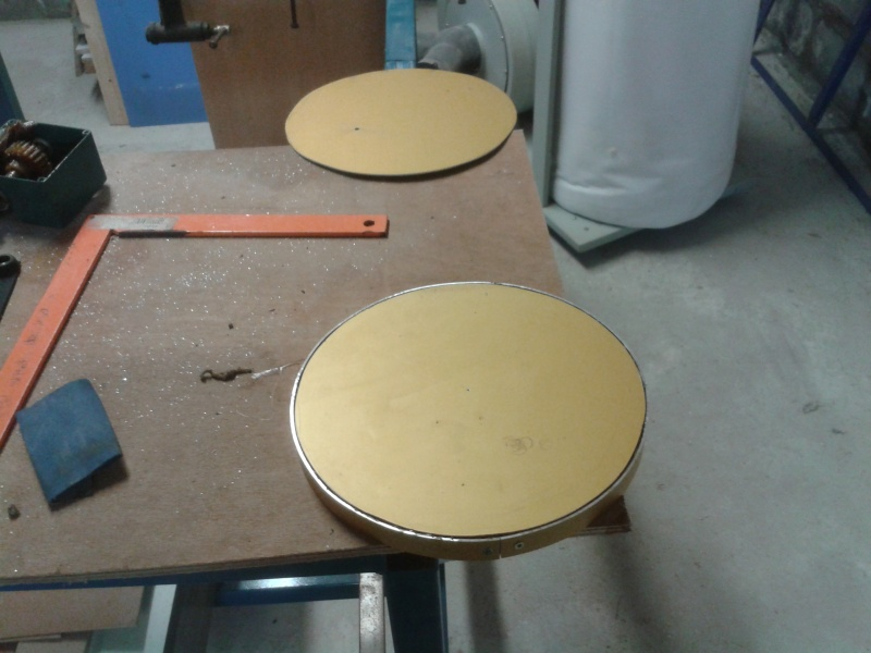 fabrication d'une ponceuse a disque - Page 2 2014-042