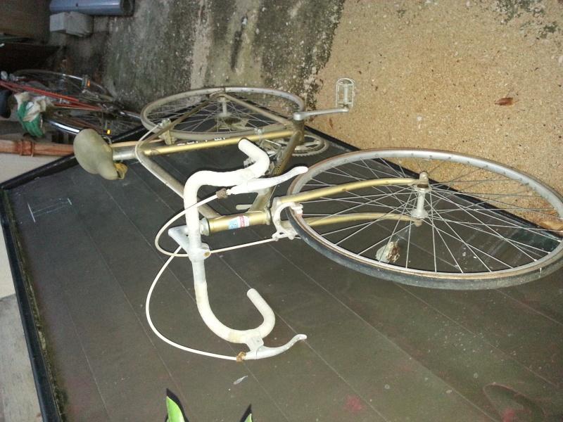 vélo de ville femme Peugeot 20131013