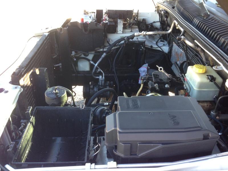 Gros nettoyage avant greffe du moteur Img_0923
