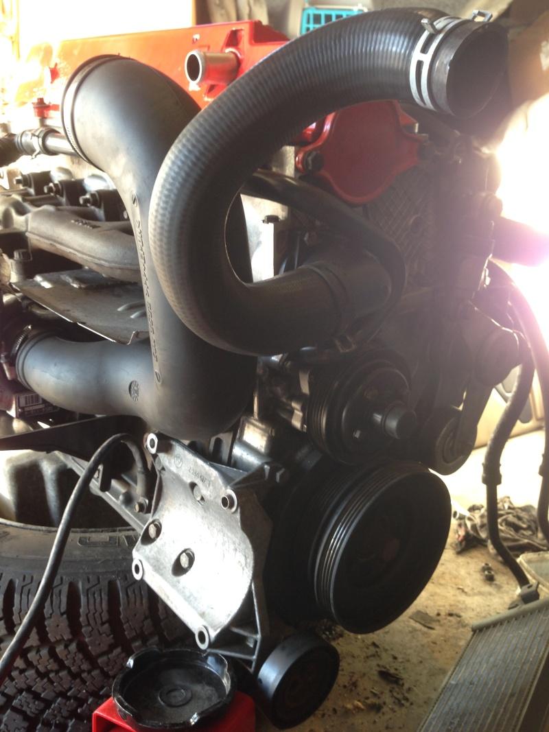 Gros nettoyage avant greffe du moteur Img_0928