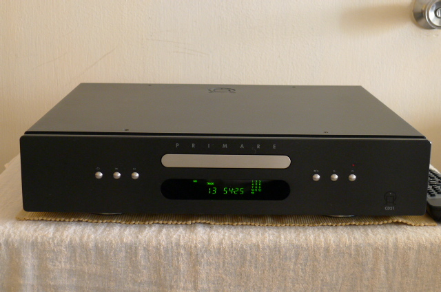 Primare CD21 CD player (Sold) P1080510