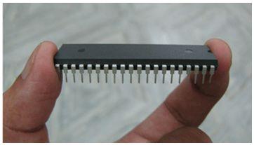 سجل واحجز على الإنترنت دورة ميكروكونترولر PIC هاردوير وبرمجة بلغة السى مع المترجم ميكروسى والأنظمة المدمجة   424