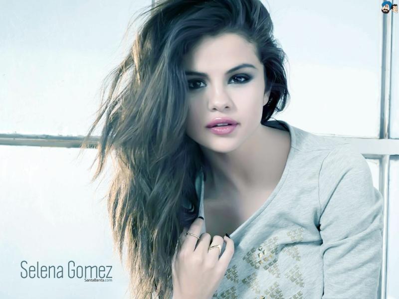 Sexiest Girl ! Selena10