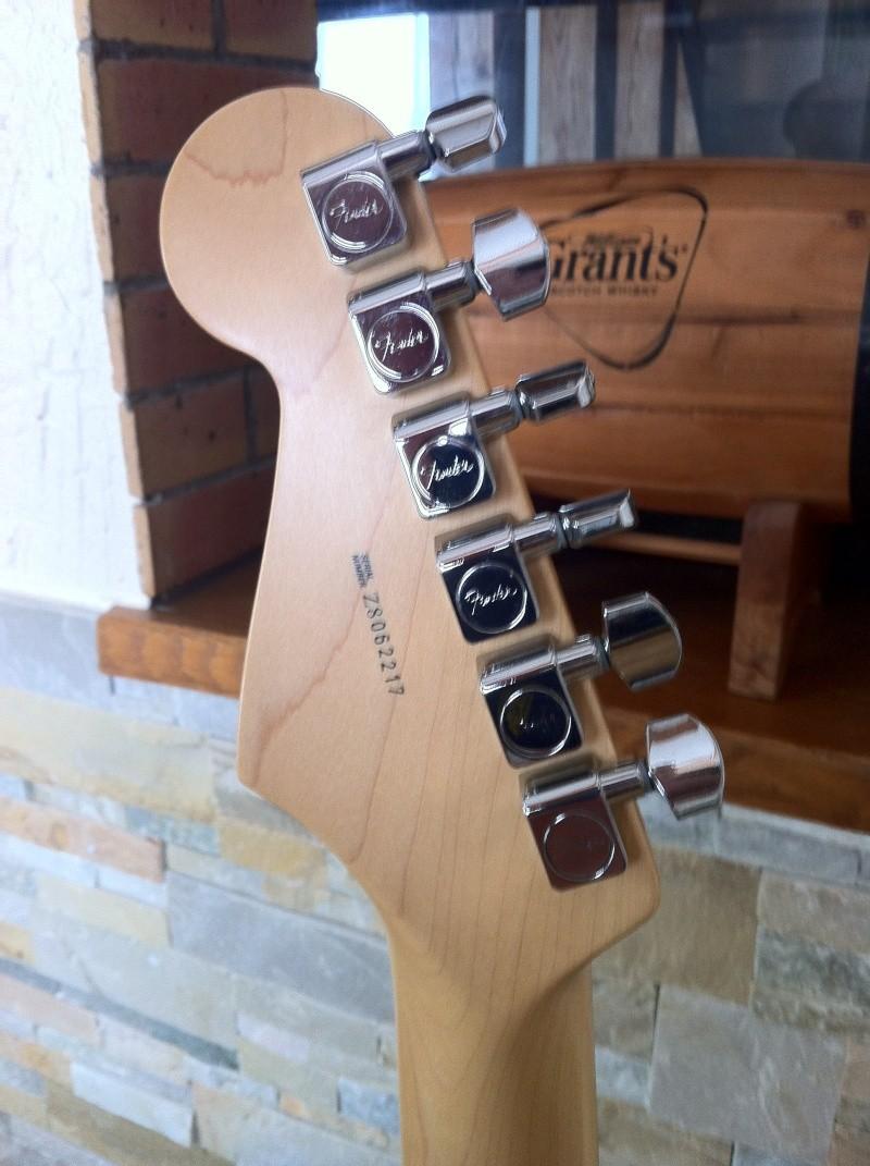 Strat AM HSS Guitar22