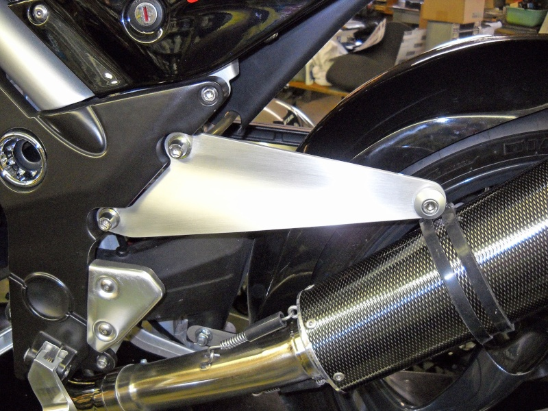 Custom Exhaust Hangers by GRiSO Head (moved) Grisob12