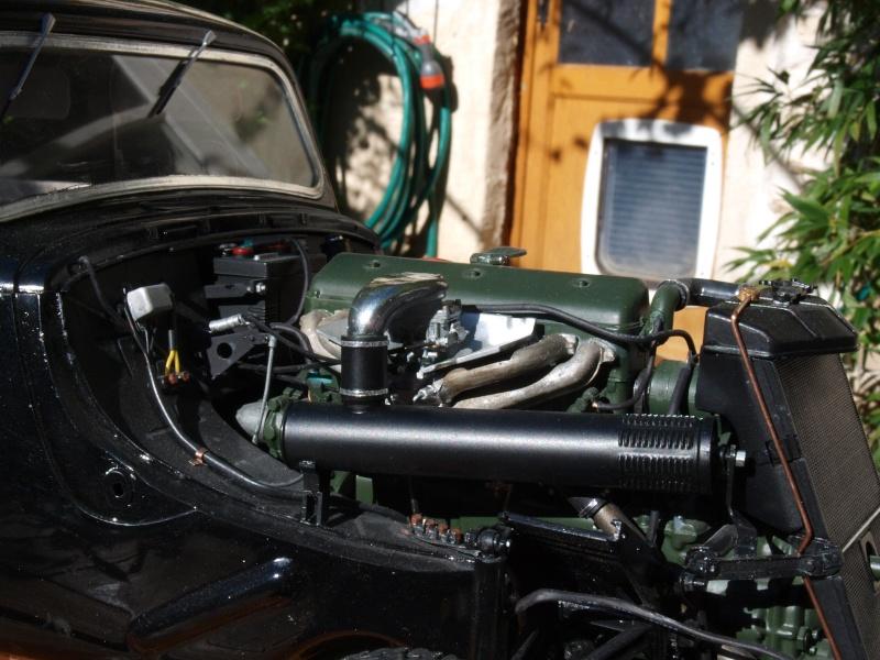 La Citroën Traction 15cv au 1/8ème P1012410