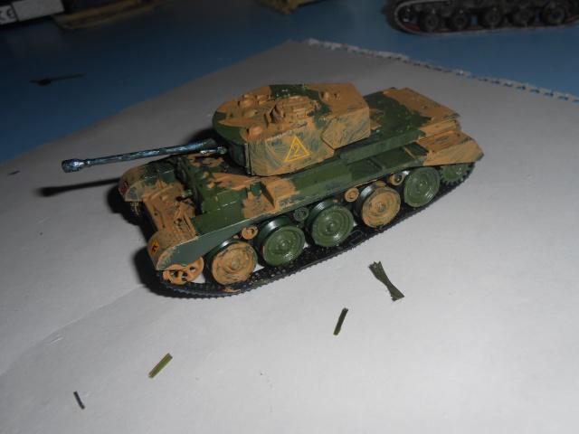 jagdpanther - Maquettes au 1/76: Panzer II, JagdPanther et A-34 Comet Dscn1215